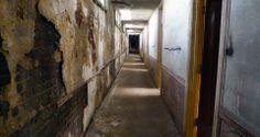 Savoy Hotel — hallway
