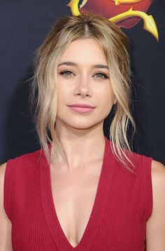 Paparazzi : OLESYA RULIN à Descendants 2 Premiere à Los Angeles 07/11/2017
