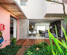 Sagarana House by Rocco Arquitetos | HomeAdore