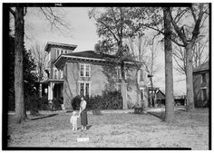 2.  Historic American Buildings Survey W. N. Manning, Photographer, January 4, 1935. SIDE VIEW OF HOUSE. (SOUTH) - Dr. E. W. Daugette House, 601 North Pelham Road, Jacksonville, Calhoun County, AL