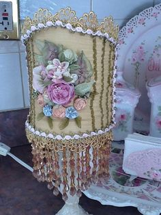 Mari's beautiful embellished lamp shade. Shabby Chic Cabin, Vintage Shabby Chic, Vintage Pink, Boho Chic, Hippy Chic, Victorian Lamps, Antique Lamps, Estilo Hippie Chic, Chandelier Lamp Shades