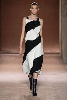 New York Fashion Week 2015 - die Shows sind in vollem Gange. flair zeigt Ihnen die besten Looks der besten Kollektionen - Stay tuned...