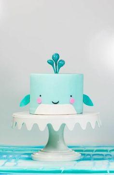 tartas-de-cumpleaños-para-niños-ballena-tarta-azul-muy-interesante-delicioso