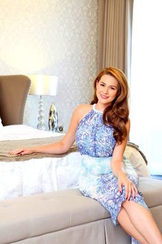 Sophisticated style for Bea Alonzo's Quezon City house Bea Alonzo, Sophisticated Style, Elegant, Quezon City, Celebrity Houses, House And Home Magazine, Celebs, Celebrities, Beautiful People