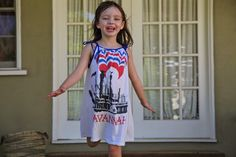 Here's an easy tutorial I found on prudentbaby.comfor a t-shirt dress… Jacinda and I love recycling t-shirts. We've made t-shirts into French Poufs, Football Jerserys,Two-Minute T Sh…