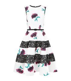Cute Floral Print Dress with black Lace. #Tumblr, Cute stuffs, Fashion Ideas, Quirky fashion, elegant dress, summer dress