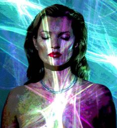 You may know Chris Levine for his ground-breaking, 3-D representation of the Queen back in 2004, but it now seems the Canadian born light artist has chosen supermodel supreme Kate Moss as his latest leading lady...