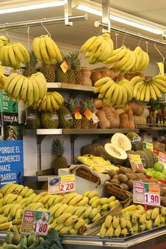 Mercado Central of Valencia. Great place to visit. More info in: http://insidevalencia.com/2015/02/09/293/  #valencia #valenciaspain #fruits #bananas