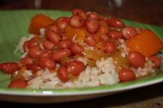 Habichuelas Guisadas and lots of other PR dishes