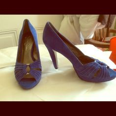 Beautiful French blue open toe pumps silver ring Great condition Jessica Simpson Shoes