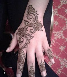 2 mehndi Latest Henna Designs, Hena Designs, Finger Henna Designs, Modern Mehndi Designs, Mehndi Design Pictures, Mehndi Designs For Fingers, Beautiful Mehndi Design, Mehndi Images, Henna Tattoo Designs