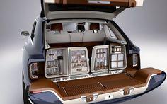 Bentley SUV Dining Area