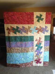 I found this pin of beancounterQuilts Witha Twist Pattern - very cool.  With a Twist by jeemmerling621 from the quiltingboard.com quilt