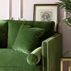 This is a truly luscious, dark green luxury velvet designer sofa. It has one large, deeply plush seat cushion,two plump back cushions, feather filled bolsters and scatter cushions. More than enough comfort for the most discerning sofa shopper! Dark Green Living Room, Green Rooms, Scatter Cushions, Cushions On Sofa, Dark Leather Couches, Sweetpea And Willow, Free Fabric Samples, Green Sofa, Green Home Decor