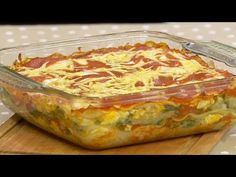 Lasagna de acelga - YouTube Cata, Videos, Ethnic Recipes, Youtube, Food, Plate, Deserts, Tasty, Places