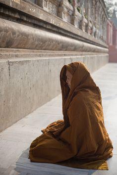 Orange Monk meditation at the Mahabodhi - Gautama Buddha's Enlightenment - India - Sylvain Brajeul by Sylvain Brajeul, via Flickr