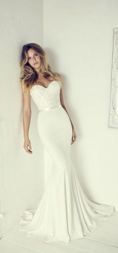 Wonderful Perfect Wedding Dress For The Bride Ideas. Ineffable Perfect Wedding Dress For The Bride Ideas. Dream Wedding Dresses, Bridal Dresses, Strapless Wedding Dresses, Dresses Dresses, Silky Wedding Dress, Detachable Wedding Dress, Fitted Lace Wedding Dress, Off White Wedding Dresses, Stunning Wedding Dresses