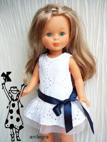 Creo que de todos los vestidos que he hecho este se lleva la palma ,no por sr el más bonito , ni el más original , sino porque he dad... American Girl Clothes, Girl Doll Clothes, Girl Dolls, Baby Barbie, Barbie Dress, Nancy Doll, Little Doll, Doll Crafts, Girl Outfits