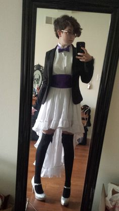 Anyway the tux dress is back and this time it's Purple™. Queer Fashion, Androgynous Fashion, Fashion Outfits, Androgynous Girls, Fashion Styles, Androgynous Clothing, Fashion 2018, Emo Fashion, Fashion Ideas