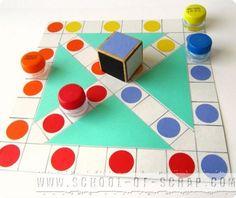 """Ho scoperto questo gioco sfogliando un vecchio libro dedicato ai giochi tradizionali di tutto il mondo. Si chiama """"chinesenspiel"""" che è la parola tedesc Diy And Crafts, Crafts For Kids, Paper Crafts, 4 Kids, Children, School Games, Homemade Toys, Indoor Activities, Creative Kids"""