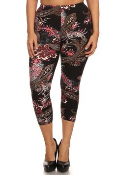 Paisley Design Plus Size Capri Leggings