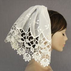 Mini bridal tulle veil, unusual, Venetian lace, handmade, uniqu item. $70.00, via Etsy.