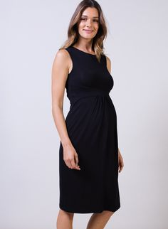 Coraline Summer Maternity Dress in [colour] at Isabella Oliver. Shop our luxury collection today for stylish, premium quality maternity clothes that will last.