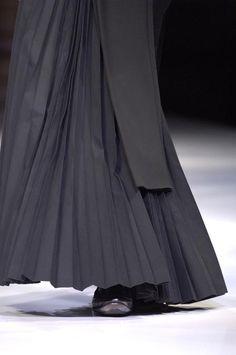 Flourishes & Finery - Page 2 - the Fashion Spot-YOHJI YAMAMOTO S/S 07