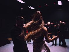 arianagrandeupdatesx: Ariana Grande x Rehearsals - Knew Better / Forever Boy Ariana Grande Bangs, Ariana Grande Pictures, Shawn Mendes, Mac Miller And Ariana Grande, How To Cut Bangs, Dangerous Woman Tour, Celebs, Celebrities, Best Couple