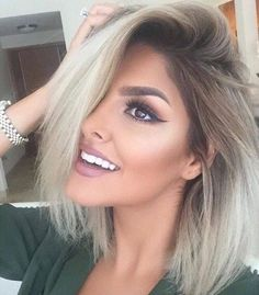 7 Ways to Rock Rooty Hair – Trendy Ombre Balayage Hairstyles - Frisuren Site Blonde Bob Hairstyles, Pretty Hairstyles, Hair Day, New Hair, Blonde Bobs, From Brunette To Blonde, Blonde Hair For Brunettes, Gorgeous Hair, Gorgeous Blonde