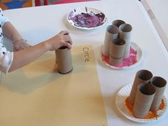 Painting with Toilet Paper Rolls. Pinned by The Sensory Spectrum.