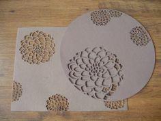 N671 Set of 4 Felt Placemat Floral Table Decor China Papercutting Art Beige Mat