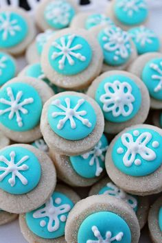 Mini Snowflake Cookie Nibbles