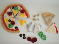 Felt pizza- mushroom details- anchovies