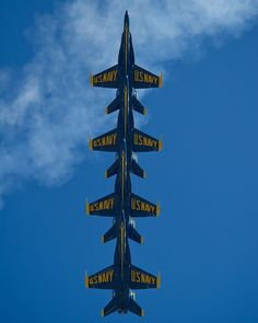 2014 Blue Angels Pensacola Beach Air Show July 12 & Practice @ NAS - August 19 - Love Cars & Motorcycles Blue Angels Air Show, Us Navy Blue Angels, Military Jets, Military Aircraft, Fighter Aircraft, Fighter Jets, Photo Avion, Go Navy, Navy Aircraft