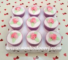 Cupcakes Trio de rosinhas! curta nossa página no Facebook: www.facebook.com/sonhodocerj