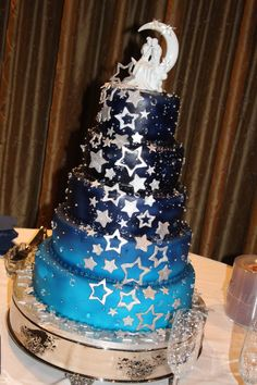 Galaxy Wedding, Starry Night Wedding, Blue Wedding, Gorgeous Cakes, Pretty Cakes, Amazing Cakes, Sweet Sixteen, Sweet 16 Cakes, Celestial Wedding