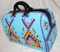 Национальное искусство американских Индейцев - вышивка бисером. Чемоданы, сумочки, кошельки и обложка. Обсуждение на LiveInternet - Российский Сервис Онлайн-Дневников