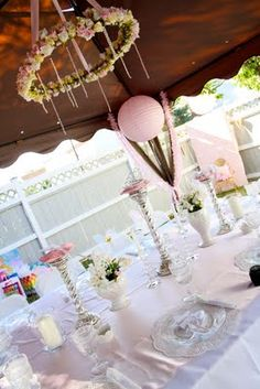 sleeping beauty fairy tale first birthday party table Backyard Birthday Parties, Fairy Birthday Party, Birthday Party Tables, Birthday Ideas, Sleeping Beauty Party, Sleeping Beauty Fairies, Baby Shower Princess, Princess Party, Kids Party Themes