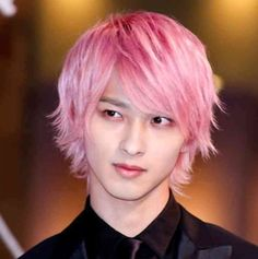 Ryusei Yokohama- A story to read when you first fall in love. Japanese Drama, Japanese Boy, Japanese Models, Japanese Artists, Handsome Actors, Handsome Boys, Pink Hair, Red Hair, Good Morning Call