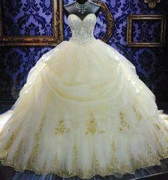 So Luxurious wedding dress....dream wedding gown #luxurywedding