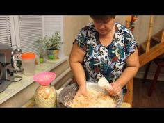 Хороша закуска! - Квашена капустка с добаввлением воды и сахара - YouTube