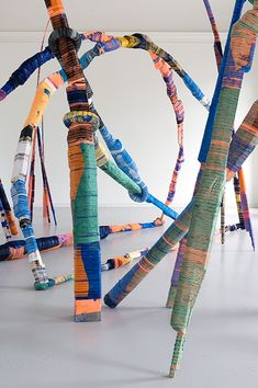 Thread Wrapping Architecture x Anton Alvarez - Freshland Abstract Sculpture, Sculpture Art, Abstract Art, Contemporary Artists, Modern Art, Ethno Design, Digital Museum, Textile Artists, Installation Art