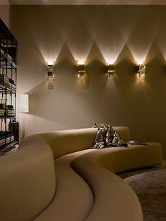 205 rue Saint-Honoré, 75001 Paris, réservations sur aesop205@aesop.com ou au 01 40 20 96 14.