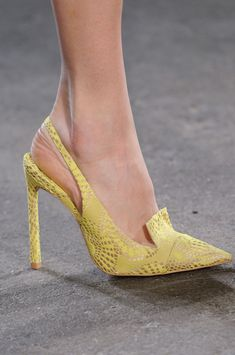 Christian Siriano Yellow Slingback Pumps Fall 2014 #Shoes #Heels #Runway