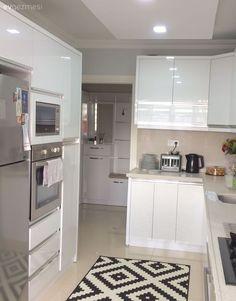 Built-in, White kitchen, Carpet, Modern kitchen - Home Design Home Decor Kitchen, Kitchen Furniture, Modern Furniture, Drawing Room Furniture, Kitchen Carpet, Design Moderne, Carpet Design, Decoration Table, Küchen Design