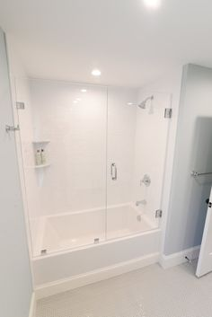 Shower Tub Combo with custom glass shower door Bathtub With Glass Door, Bathtub Doors, Glass Shower Doors, Glass Bathroom Door, Glass Showers, Concrete Bathroom, Bathtub Shower Combo, Bathroom Tub Shower, Bath With Shower
