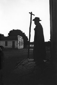 A João Guimarães Rosa: fotografias de Maureen Bisilliat | Templo Cultural Delfos