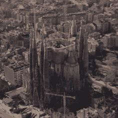 Gaudi's fantastic Sagrada Familia, still under construction… 2026 We build tomorrow Art And Architecture, Architecture Details, Places Around The World, Around The Worlds, Barcelona Travel, Barcelona Spain, Antoni Gaudi, Art And Craft Design, Cathedral Church