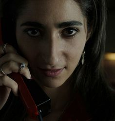 """""""La Casa de Papel"""": All You Wanna Know About The Second Season Shows On Netflix, Netflix Series, Series Movies, Movies And Tv Shows, Nairobi, Billie Eilish, O Film, Her Campus, Himym"""